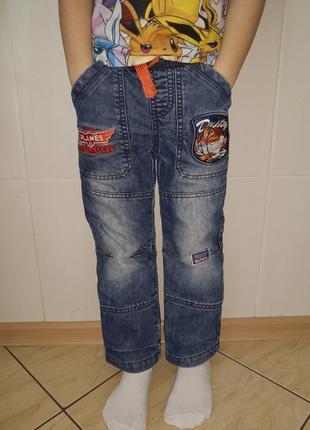 Классные джинсы, детские с подкладкой , штаны демисезонные на 5-6 лет