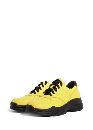 Желтые кроссовки из натуральной кожи2 фото