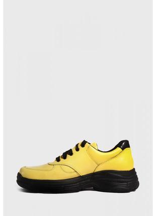 Желтые кроссовки из натуральной кожи3 фото
