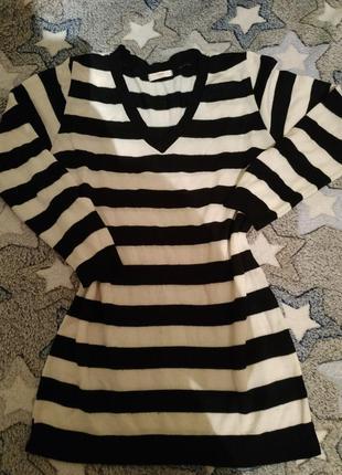 Кофточка в модную черно- белую полоску, размер хл
