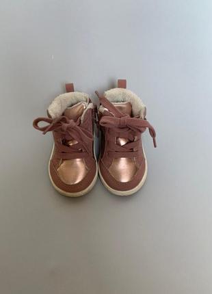 Демисезонные ботиночки hm