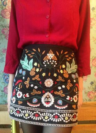 Зара юбка с вышивкой