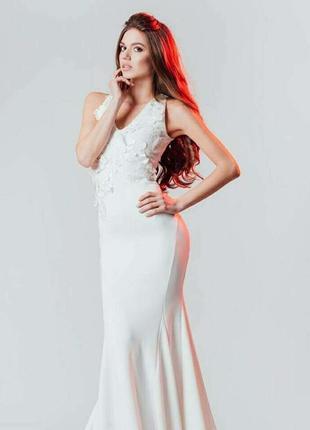 Сукня біла