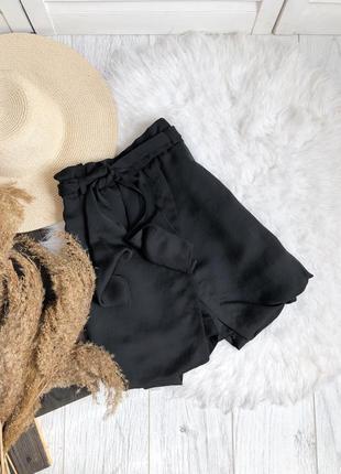 Черные шорты на запах cop copine