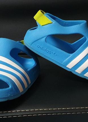 Adidas original 21-22 р. сандали босоножки обувь 13. 5 см.