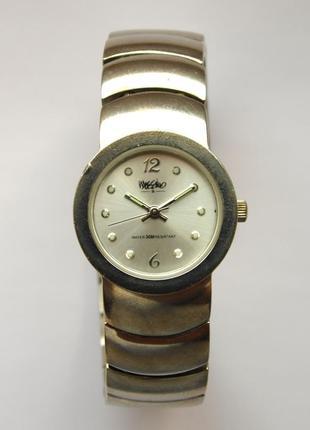 Mossimo часы из сша с очешуительным браслетом wr30m мех. japan miyota