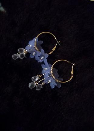 Красивые серьги кольца цветы