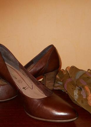 Туфли 40 размер, стелька 26 см