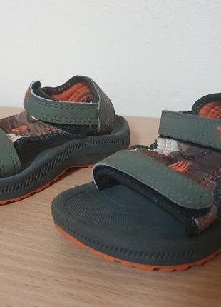Teva 20 р.  сандали босоножки 12,5 см