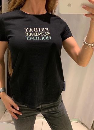 Хлопковая чёрная футболка reserved