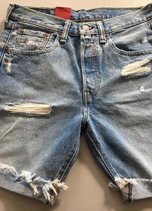 Трендовые джинсовые шорты светло голубые с дырками и потёртостями levi's 501 оригинал