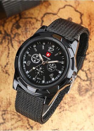 Стильные мужские кварцевые часы swiss army