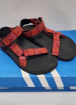 Детские сандалии teva/дитячі сандалі,босоніжки тева