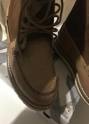Фирменные кожаные ботинки демисезон