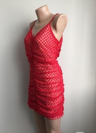 Платье красное мини