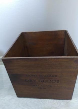 Деревянный квадратный большой ящик c текстовым принтом  h&m для хранения вещей