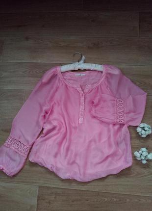 Красивая блуза с паетками кружевом женская