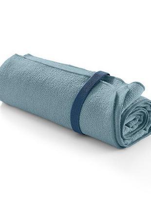 Легкое полотенечко из микрофибры для путешествий и спорта от tchibo (германия)