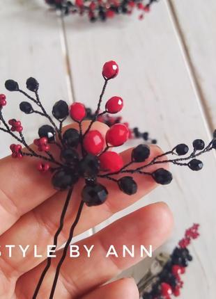 Шпилька для волос красно-черная