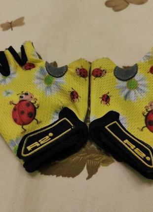 Перчатки без пальцев для катания на велосипеде