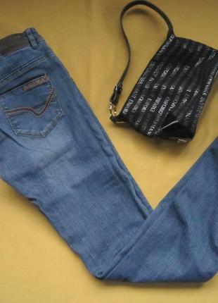 Стильные джинсы штаны,замочки внизу,denim&co,идеальное состояние