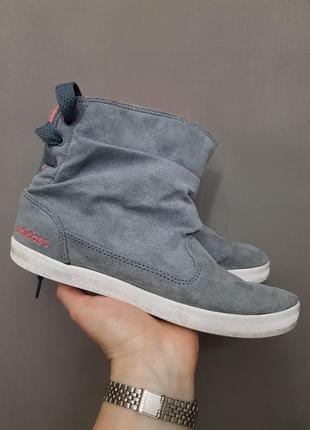 Весенние демисезонные сапожки adidas
