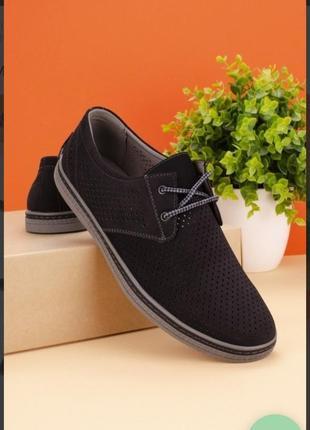 Черные мужские туфли с перфорацией летние