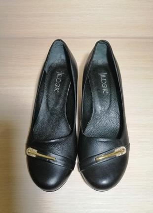 Кожанные туфли на танкетке jildor