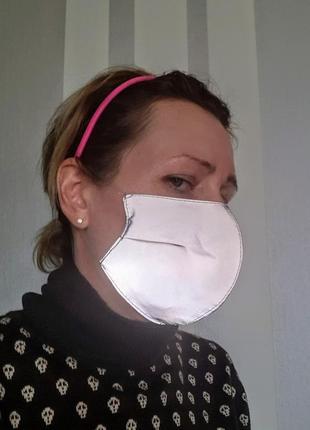 Очень клевая рефлекторная (отражатель) маска питта не медицинская внутри трикотаж