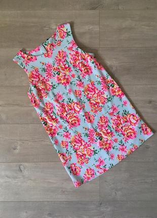 Красивое фактурное платье в цветочный принт
