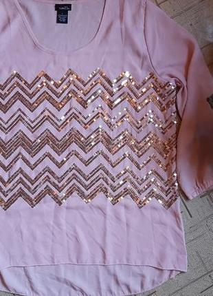 Блузка в паетках розовая 48-50размер
