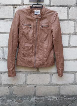Стильная куртка эко кожа