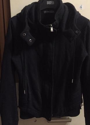Трикотажная утепленная куртка кофта