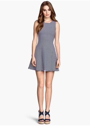 H&m трендовое мини платье в полоску, р.34, xs