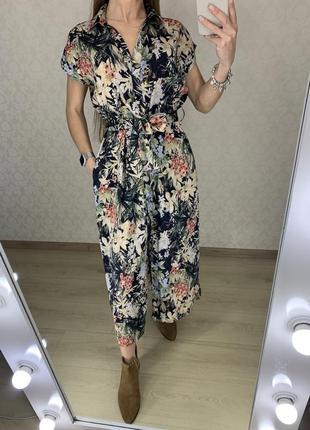 Красивое платье миди в цветах zara