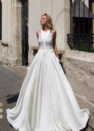 Весільна сукня elegance - azure від дизайнера oksana mukha