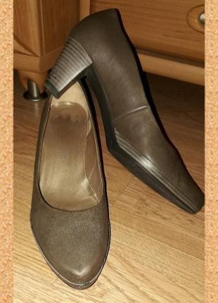 Туфли туфлі р.39(25.5см) натур.шкіра