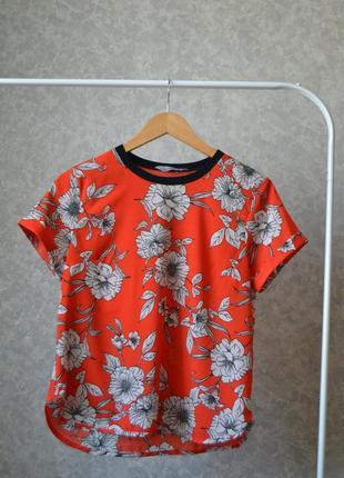 Шифоновая футболка в цветочный принт