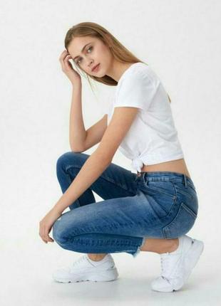 Укороченные джинсы с высокой посадкой denim co.