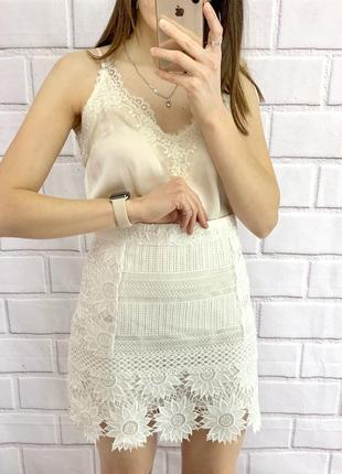 Кружевная юбка очень красивая плотное кружево