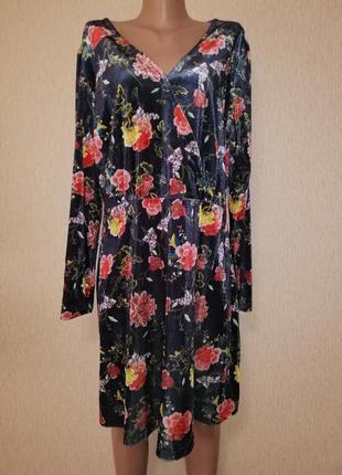 Красивое женское короткое велюровое, бархатное женское платье 18 р. joe browns