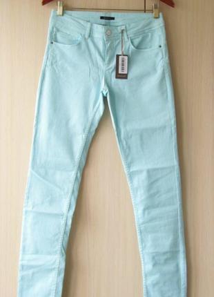 Голубые джинсы с эффектом push ap / promod / s
