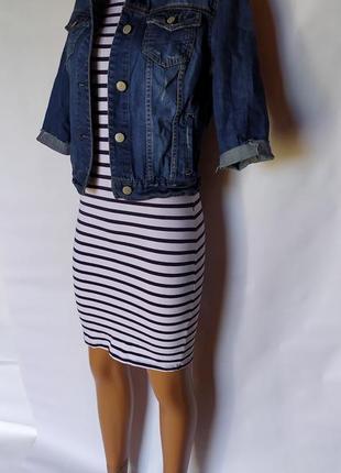 Стильный весенний лук ( трикотажное платье+ джинсовый пиджак)2 фото