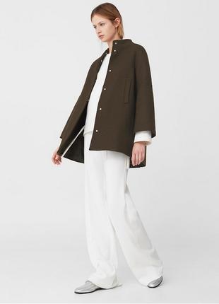 Новое шерстяное пальто mango полупальто короткое пальто 80% шерсть манго