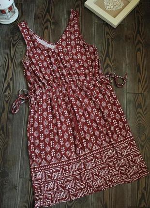 Платье с геометричным  принтом в стиле бохо этно