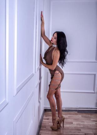 Шикарное сексуальное платье с разрезами декольте стразы