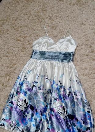 Шелковое атласное платье на подкладке