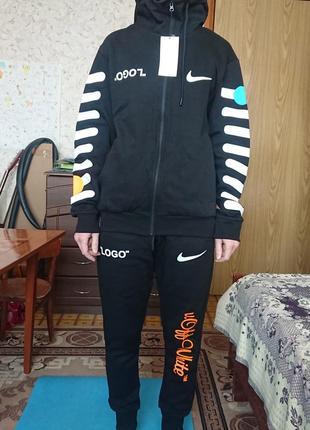 Спортивный костюм унисекс