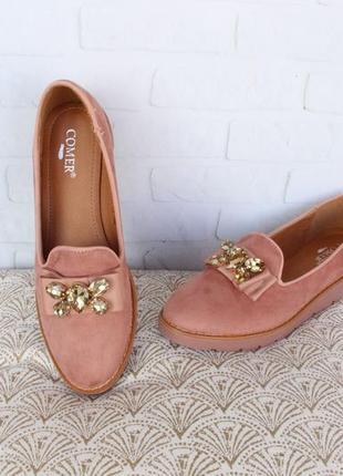 Пудровые, бежевые туфли, лоферы, мокасины, балетки 39, 40 размера на низком ходу