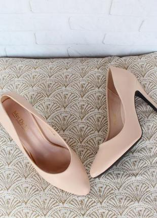 Айвори, бежевые туфли, лодочки 36 размера на шпильке, каблуке